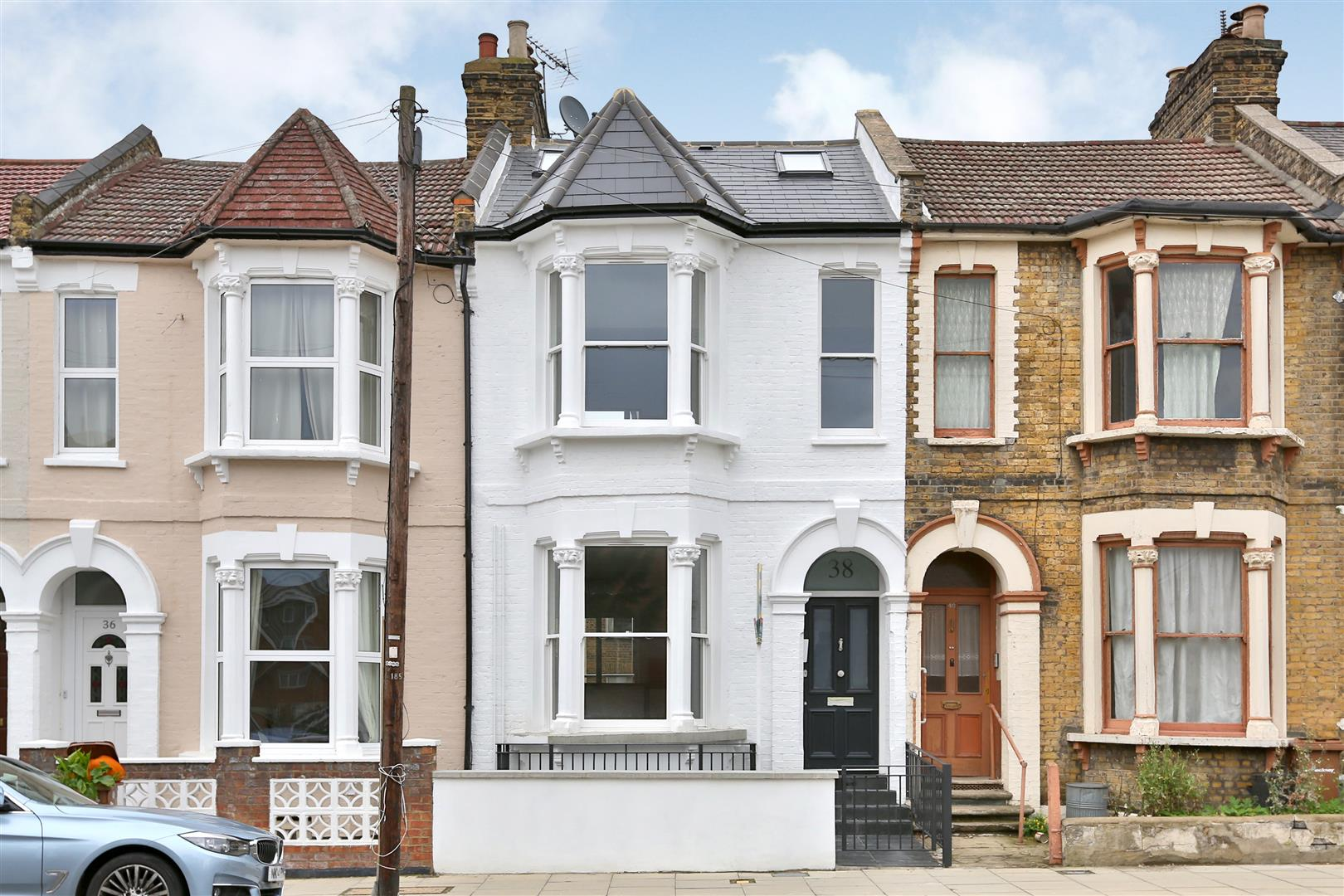 3 Bedrooms Flat for sale in Pellerin Road, London